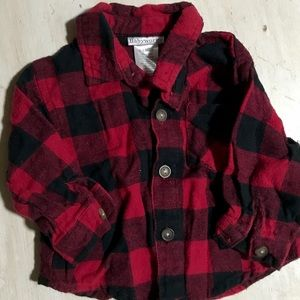 Plaid flannel shirt. Size 3-6mos 💜💜💜