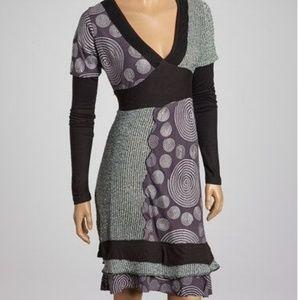 Dresses & Skirts - Artsy dress