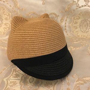 BCBG Maxazria NWOT Kitty straw hat beige/ black