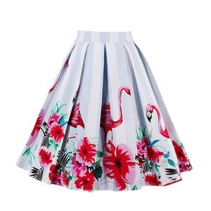 Dresses & Skirts - A-line pleated flamingo skirt