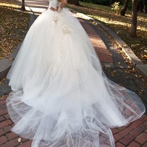Gorgeous Designer Wedding Dress by Oksana Mukha