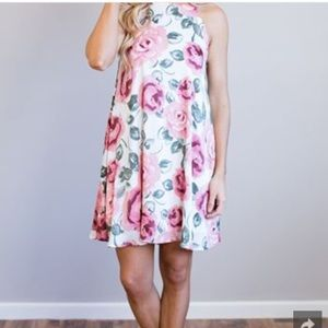 Dresses & Skirts - •NEW WITH TAGS, NEVER WORN DRESS•