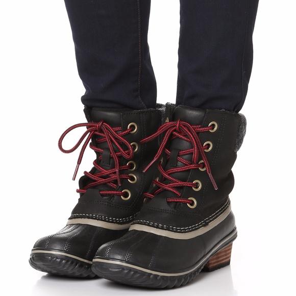 34b19a32bcb8 Sorel Slimpack II Lace Up Black Leather Duck Boots.  M 59f24d083c6f9f35f102a053