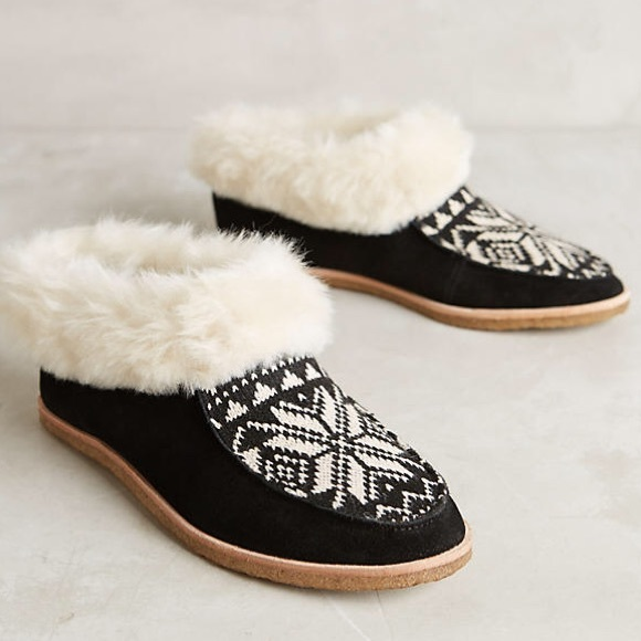 Splendid Shoes - NIB Splendid Faux Fur Booties