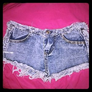 *Distressed Jean Shorts w/Lace Up Sides!*