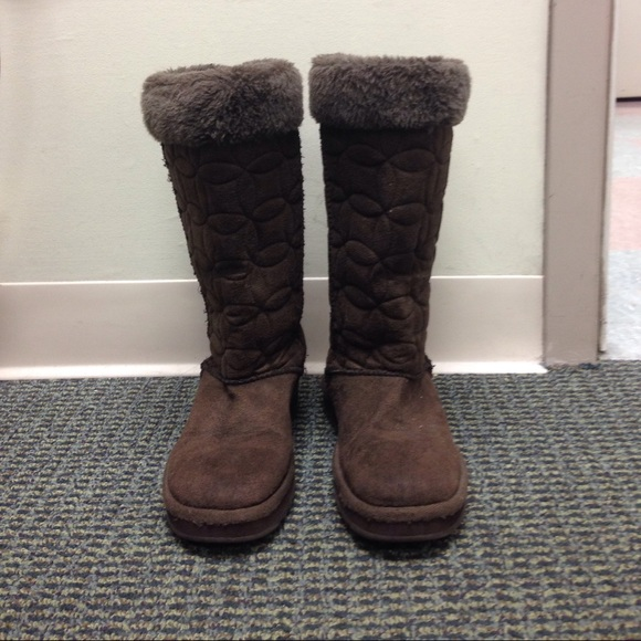 Skechers Shoes | Australia Boots | Poshmark