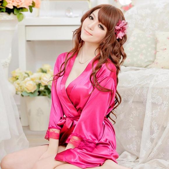 NWOT Sexy Hot Pink Kimono Style Robe with G-String.  M 59f2721741b4e0dc380037cb 052e04c43