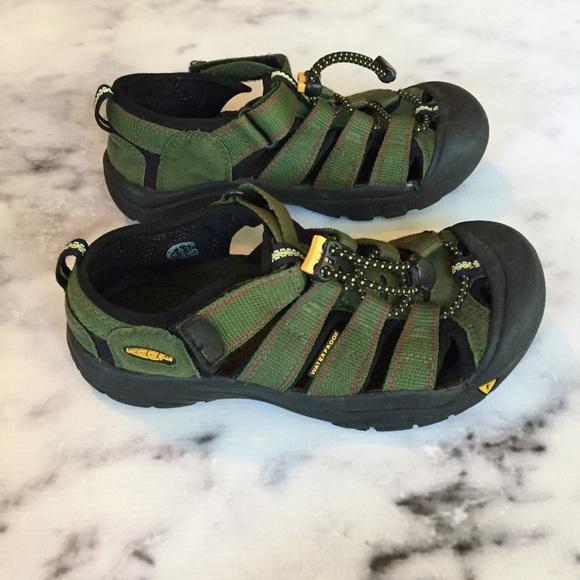 804cc63a9249 Keen Other - Keen Green Water Sandals
