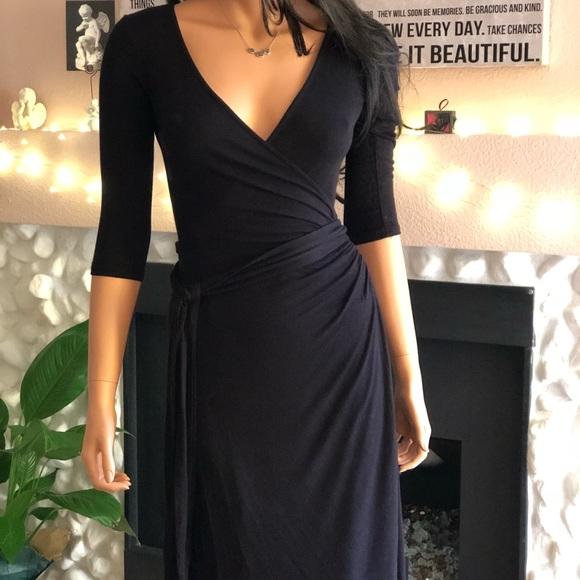 baa2dfeb370 Nordstrom Rack Black wraparound Dress NWT NWT