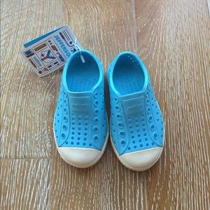 NWT 😃 Kids New Native shoes