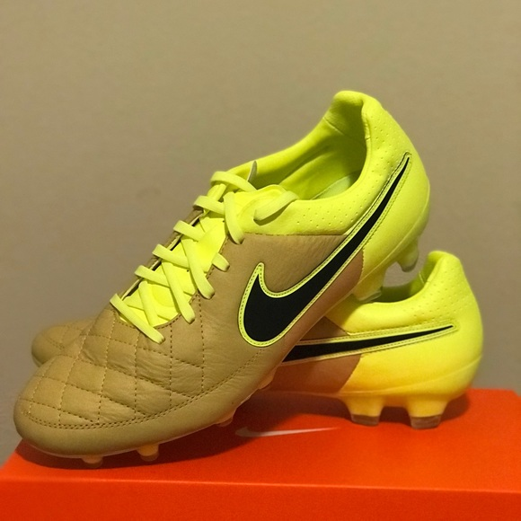 pretty nice 1a643 d88f2 Men s Nike Tiempo Legacy FG Soccer Cleats