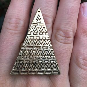 Jewelry - Triangle ring