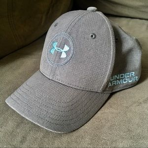 83dc5cbd318 Under Armour Accessories - Under Armor Youth Hat Golf Edition