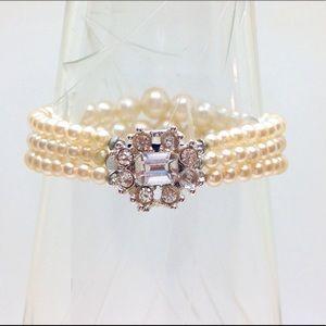Pearl & Crystal Bracelet 🌟 Vintage