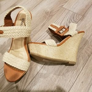 New-Woven Wedge Sandals