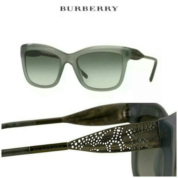 1c0e0ffadcad 🎀NIB🎀 BURBERRY GABARDINE SUNGLASSES