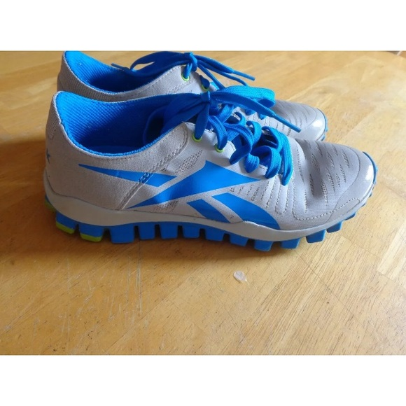 cubo pellizco Ajustarse  Reebok Shoes | Reebok Realflex Blue And Gray Womens Sneakers | Poshmark