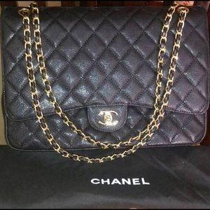 Chanel classic bag jumbo