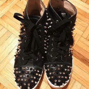Shoes - Christian Louboutin Women sneakers sz 39