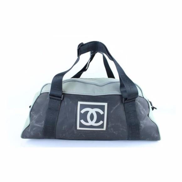 908d219529c0 CHANEL Handbags - Chanel Bicolor Cc Duffle 221786 Grey Satchel
