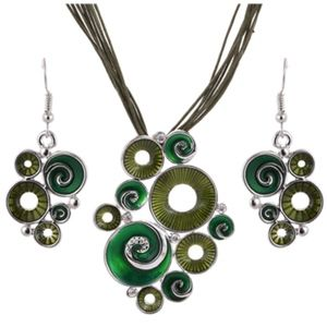 Jewelry - Boho Green Circle Statement Necklace & Earrings