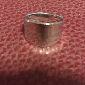 Jewelry - 925 Sterling silver concave band