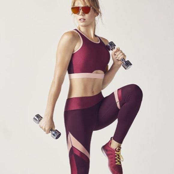 ec8cad17e3 Fabletics Pants - NEW Fabletics Size M Alma Leggings and Sports Bra