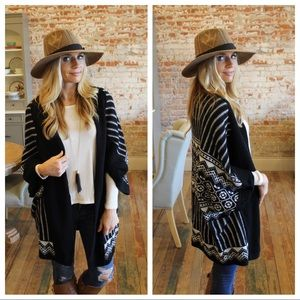 Sweaters - Black and white printed open cardigan