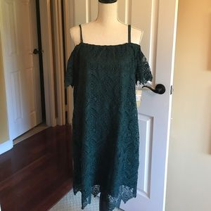 Hope and Harlow evergreen lace dress