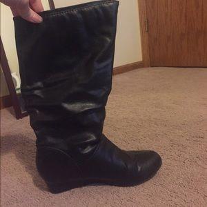 Black mini-wedge boots. LIKE NEW