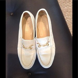 Shoes - Gucci off white suede horse bit loafers