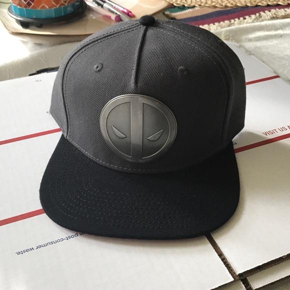 buy popular f66e9 169ca Deadpool metal emblem Snapback hat cap new men s