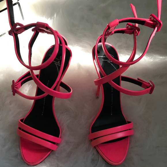giuseppe zanotti pink sandals