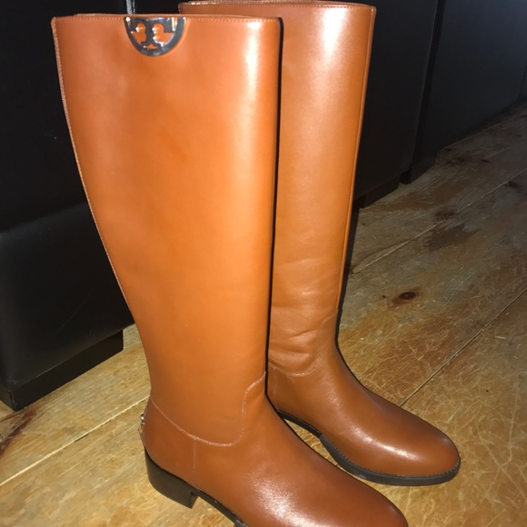 df6c8dad26a Tory Burch Sidney Boots - size 8