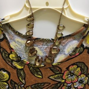 Jewelry - Bronze colored statement necklace
