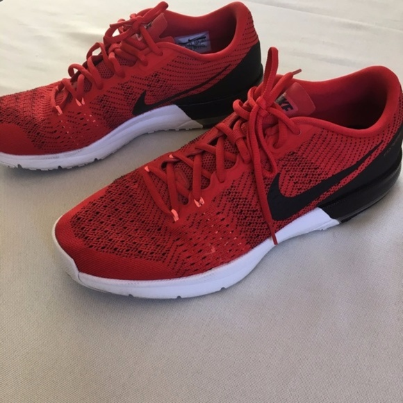 nike mens air max typha training shoe