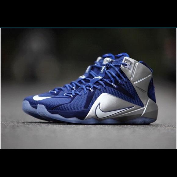 dac9e294d1a8 Nike LeBron 12 Dallas Cowboys basketball men 10.5.  M 59f38ac7713fdea50b02257d
