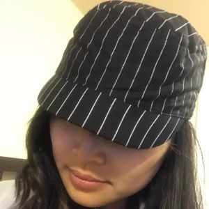 Accessories - Black and white stripe hat