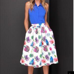 HP! 🌺 Floral Pleated Midi Skirt