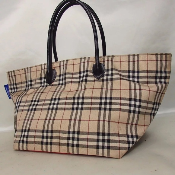 c63ec85d59a4 Burberry Handbags - SALE✨BURBERRY canvas tote