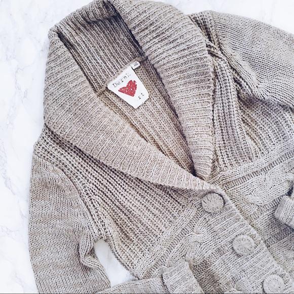 Derek Heart Sweaters - Derek Heart • Cropped Cardigan