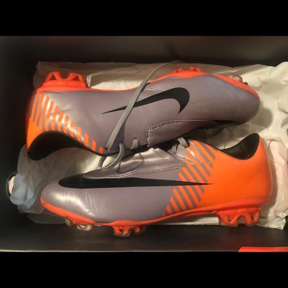546a43f57a5 Nike Mercurial Vapor VI FG WC Soccer Cleats. M 59f3a320eaf03071f802a0ac
