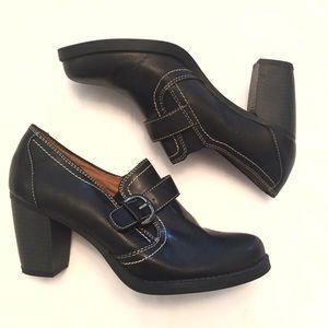 ❣BOGO 1/2 off❣ Naturalizer Carlo Black heels 8.5