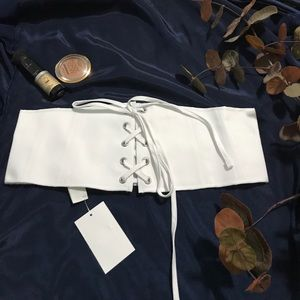 Corset style belt