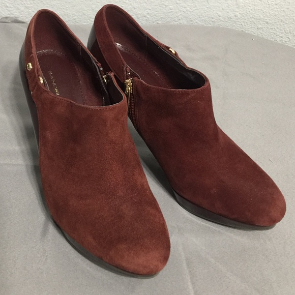 b8cd8b593a0f Bandolino Shoes - Bandolino burgundy suede and patent heeled booties