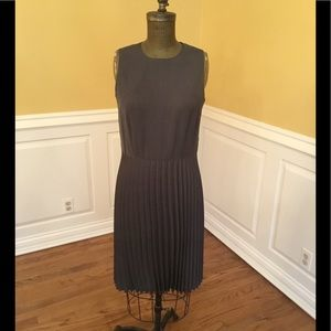 Grey pleated dress!