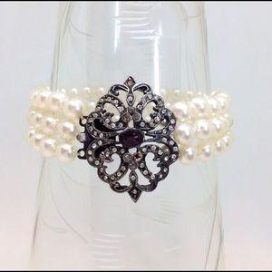 Pearl Bracelet⚜Vintage⚜Amethyst/Crystal Medallion