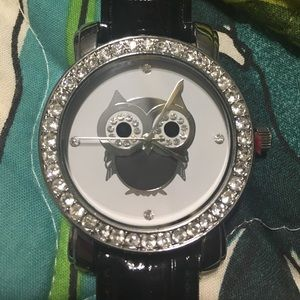 Black faux patent leather owl watch