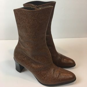 A. Marinelli Womens Boot Size 7 Embossed Brown
