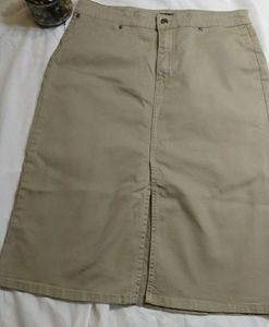 Olive Gap jean skirt size 10